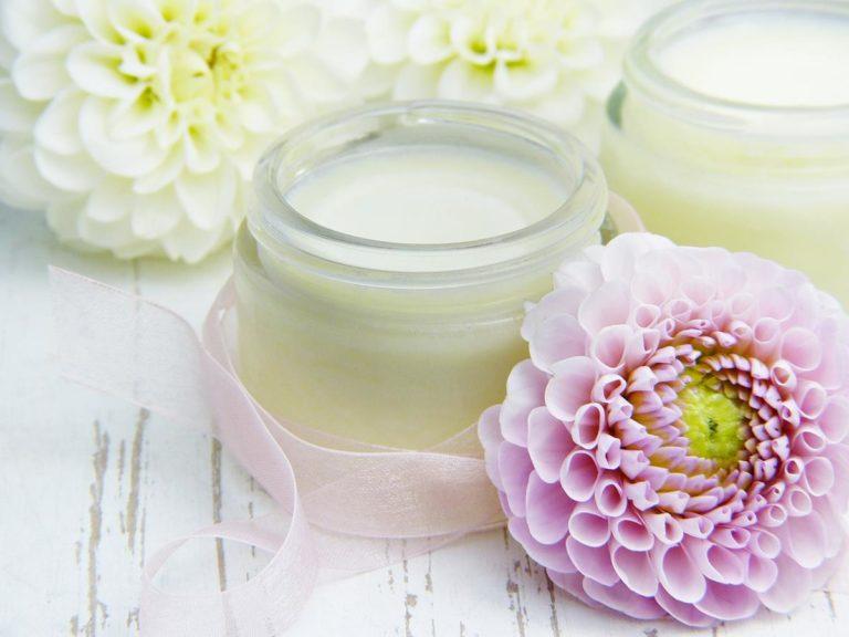 Dlaczego warto wybierać kosmetyki naturalne?