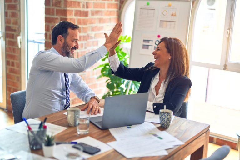 Jakie gadżety reklamowe z nadrukiem wybrać dla swojej firmy?