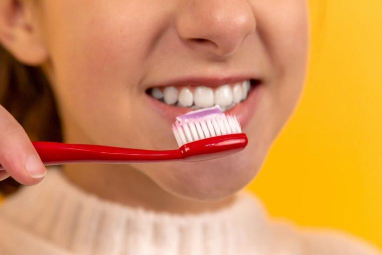 Zapoznanie się z informacjami o placówkach ortodontycznych