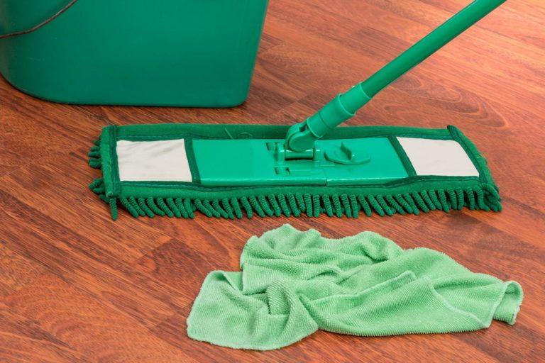 Firmy zewnętrzne świadczące usługi sprzątania